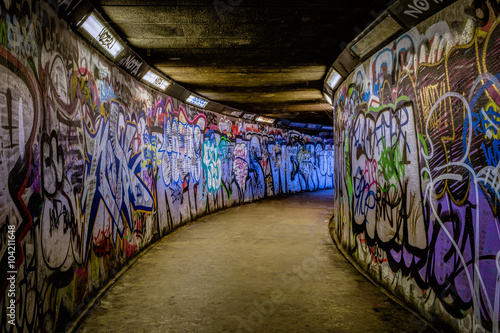 Spoed Foto op Canvas Graffiti Subway Graffiti