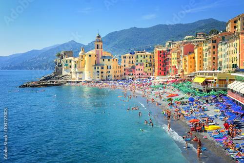 Fotografia Sand beach in Camogli by Genoa, Italy
