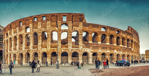 Photo  walls and arches of Roman amphitheater