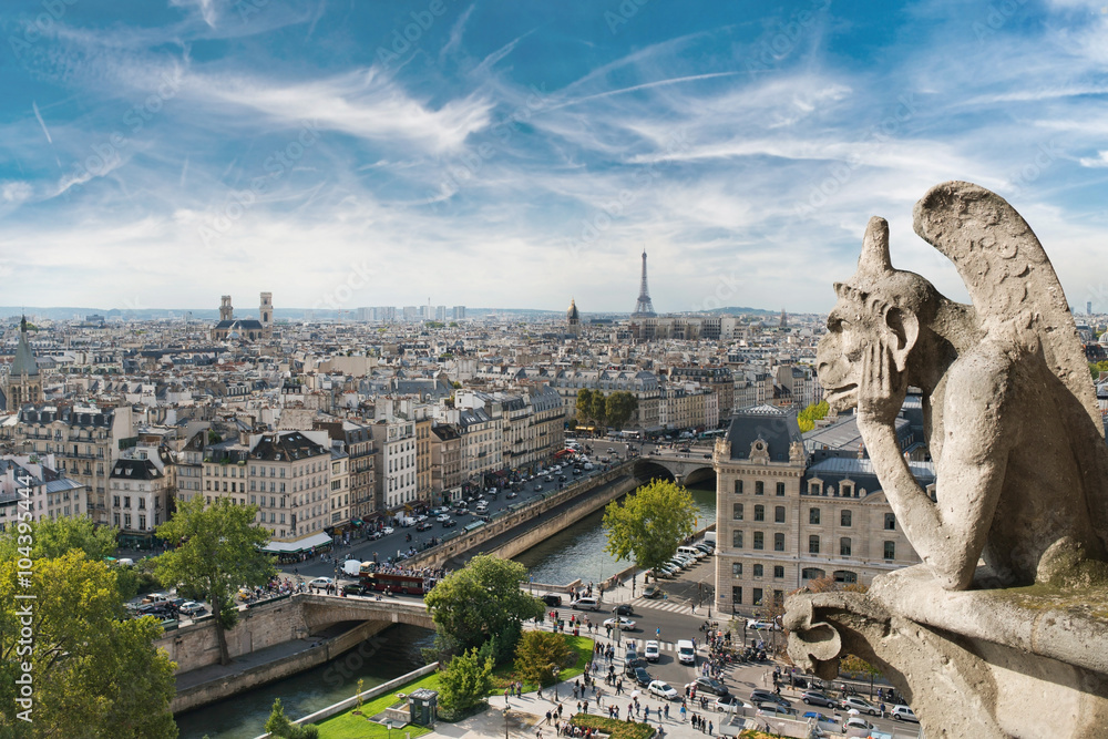 Fototapety, obrazy: Gargoyle and wide city view from the roof of Notre Dame de Paris