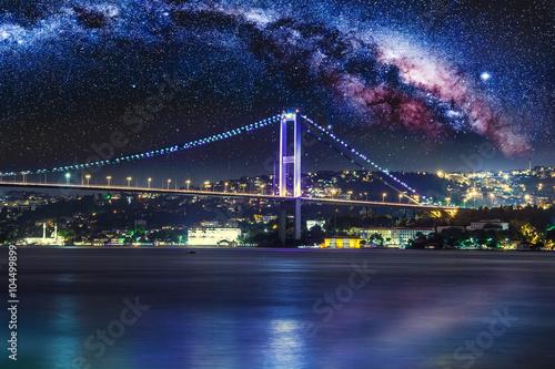 Foto op Plexiglas Panoramafoto s Bosphorus Bridge at night, Istanbul