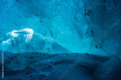 Poster Naufrage Ice cave in the Vatnajokull Glacier IcelandAn