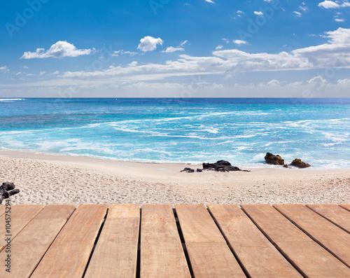 fototapeta na drzwi i meble ponton de promenade sur plage de Boucan-Canot, Saint-Gilles île de la Réunion
