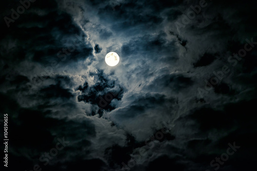 Fotomural Mysterious night sky with full moon