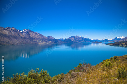 In de dag Zuid-Amerika land Entlang des Ufers des Lake Wakatipu