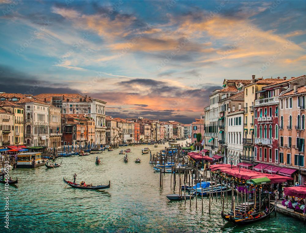 Fototapety, obrazy: Canal Grande o zachodzie słońca z efektem vintage, Wenecja, Włochy