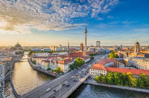 Fotobehang Berlijn Berlin skyline panorama with TV tower and Spree river at sunset, Germany