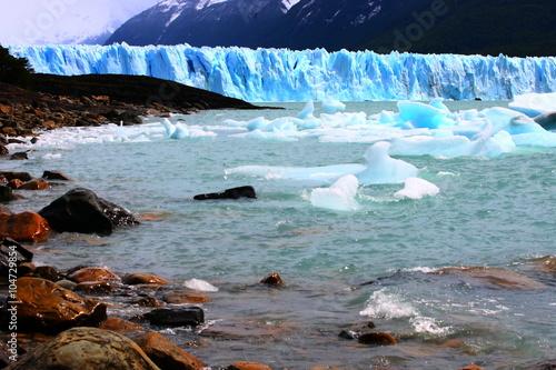 Poster Glaciers glacier/ glacier Perito Moreno in Argentina