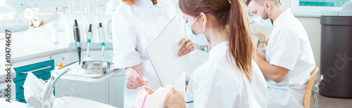 obraz PCV Practice is the most important in dentist's work