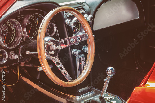 fototapeta na drzwi i meble Dashboard of a classic car