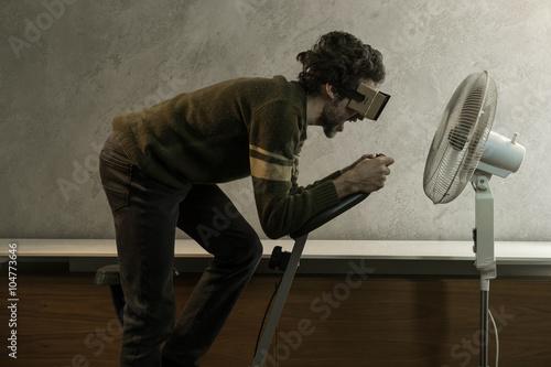 Fotografie, Obraz  Cardboard realtà virtuale con cyclette