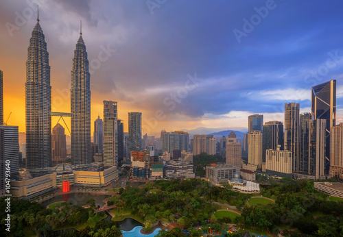 Photo Stands Kuala Lumpur Top view of Park in Kuala Lumper city