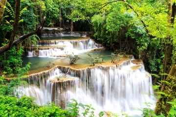 Panel Szklany Współczesny Huai Mae Khamin waterfall in deep forest, Thailand.
