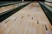 Bowling Wooden Floor With Lane