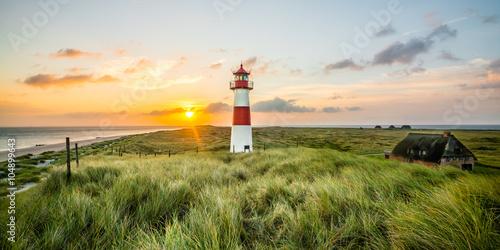Foto-Schiebegardine Komplettsystem - Sonnenaufgang Leuchtturm in List auf Sylt