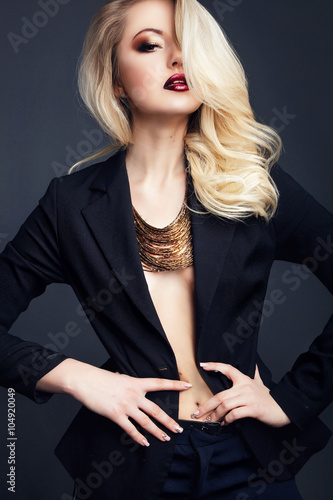 Fotografie, Obraz  fashion studio photo of gorgeous woman with blond  hair wears bl