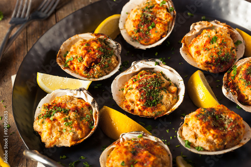 Photo Stands Seafoods Homemade Baked Clams with Lemon