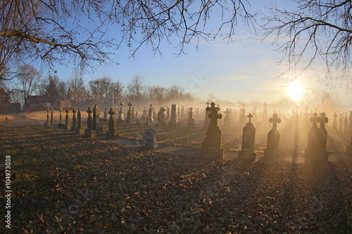 Foto op Aluminium Begraafplaats 19th Century Cemetery at Sunrise