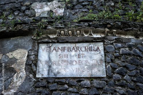 Fotografie, Obraz  engraved in Latin on plaque in Pompeii