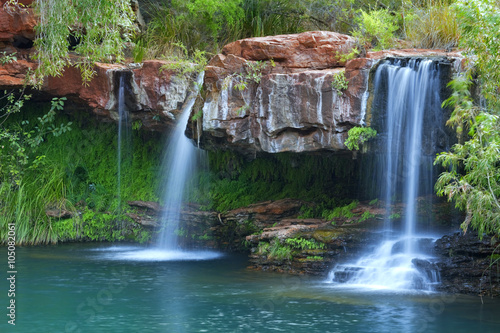 Foto op Aluminium Watervallen Waterfalls at Fern Pool in Karijini National Park, Australia