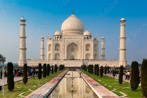 Tuinposter India UNESCO World Heritage Site of Taj Mahal, Agra, Rajasthan, India