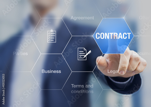 Photo Businessman pressing contract on a screen, concept about busines