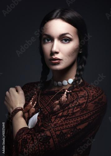 portrait of beautiful native american woman/ portrait of beautiful native americ фототапет