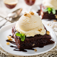 Chocolate Brownie With Vanilla...