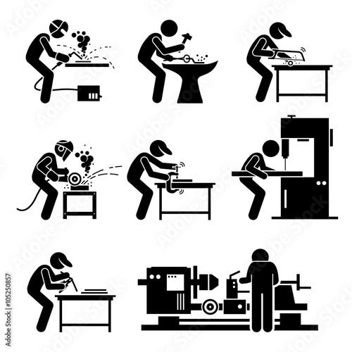Valokuva Welder Worker using Metalworking Steelworks Tools and Equipment for Welding Work