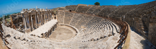 Valokuva  photo of ancient theatre in the city Hierapolis