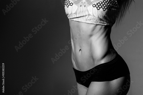 Fotografía  close up picture of woman trained abs