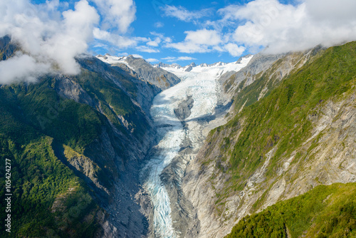 Valokuva  Aerial view of Fox Glacier on the west coast of New Zealand