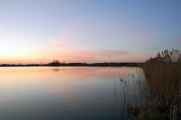 Panel SzklanyZachód słońca nad jeziorem