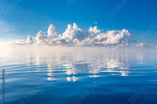 Poster Mer / Ocean Beautiful cloud over ocean, Maldives