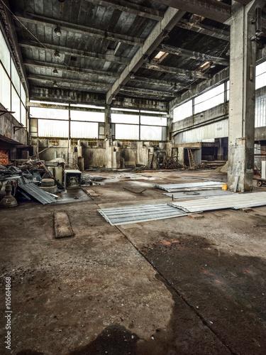 Papiers peints Les vieux bâtiments abandonnés Old and abandoned factory