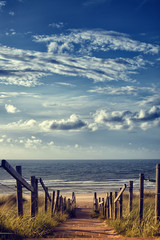 Obraz na PlexiWeg zum Strand am Meer