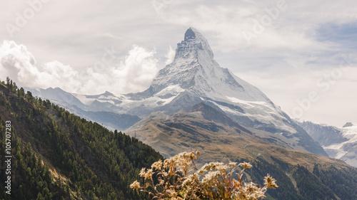 Zermatt, Dorf, Bergdorf, Findeln, Findelschlucht, Alpen, Schweizer Berge, Matter Wallpaper Mural