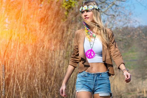 Photo  Girl hippie indie style in nature