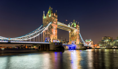 Obraz na Plexi Tower Bridge in London bei Nacht