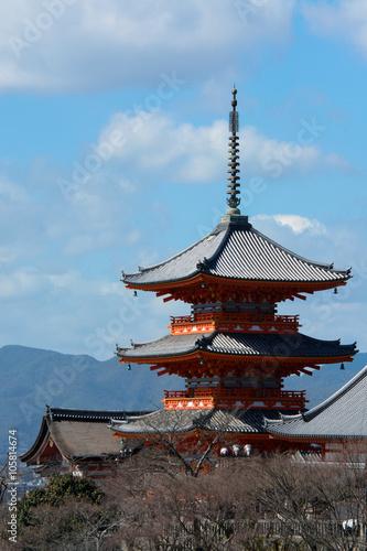 Poster Kyoto Distant view of Buddhist pagoda at Kiyomizu-dera in Kyoto, Japan