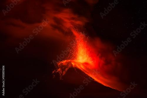 Fotografie, Obraz  Tungurahua Volcano Spews Lava And Ash