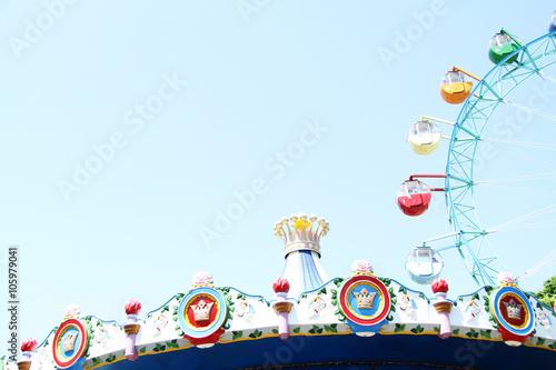 Fotobehang Amusementspark 遊園地の観覧車