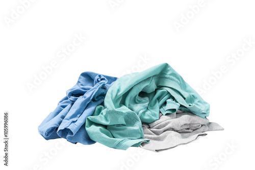 Fotografía  pile of dirty laundry Isolated on white.