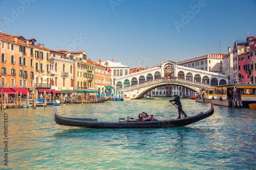 Spoed Foto op Canvas Gondolas Gondola near Rialto Bridge in Venice, Italy