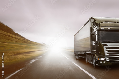 Zdjęcie XXL Ciężarówka
