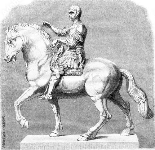 Photo  Sketch original bronze statue of Gattamelata in Padua by Donatel