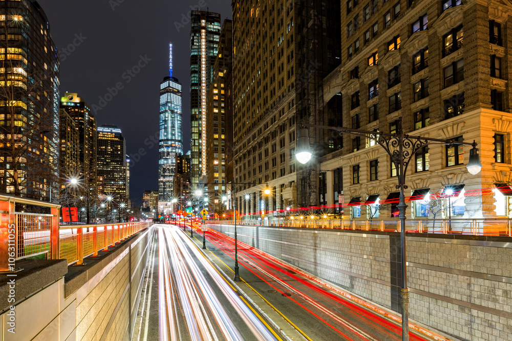Fototapety, obrazy: Traffic trails in downtown New York City at the entrance in Battery Park tunnel