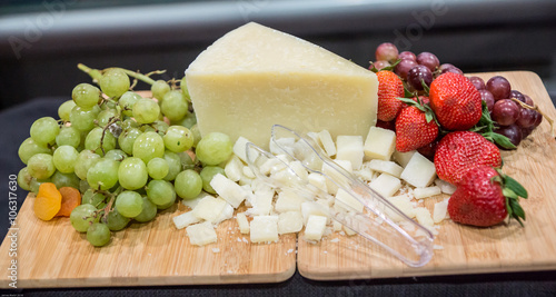 Fruit and Cheese Pairing