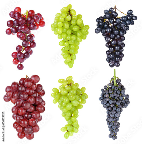 Fotografiet  grape isolated on the white background
