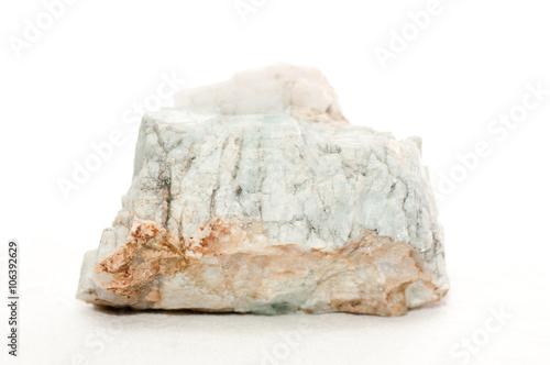 Tuinposter beryl crystal sample